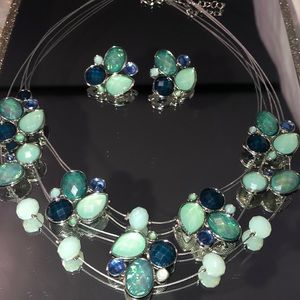 Accessories - Necklace and Earrings Set